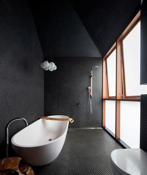 Bathroom Wall Cabinets Ikea by Modern And Chic Screen House With Textural Touches Digsdigs