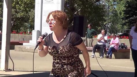 michelle knight kidnapped victim sings quot hero quot in victory