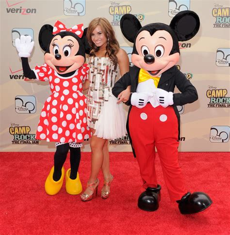 Jam Dinding Mickey Mouse 8329 2 mini de mickey imagui