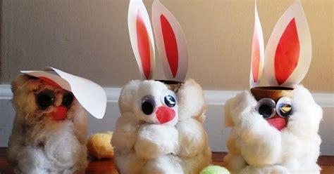 Boneka Kelinci Merah widyaa kerajinan tangan dari kardus kelinci kapas