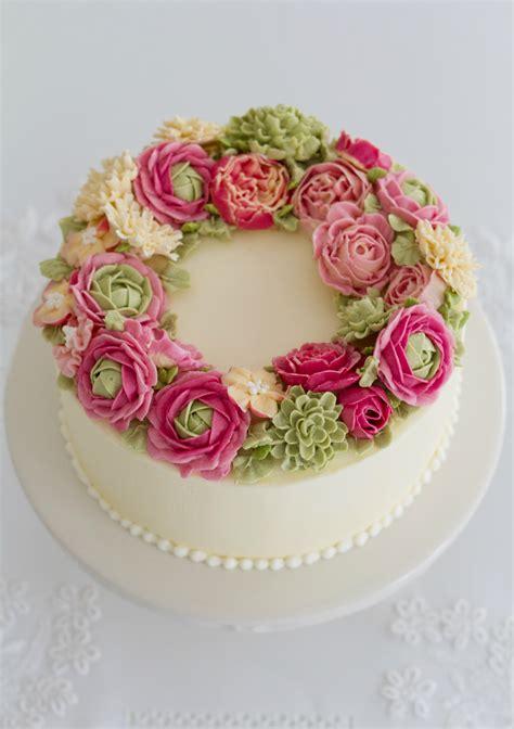 tartas en flor el curso de pasteles y flores de swiss buttercream cakes haute couture