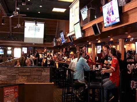 top bars in albuquerque join the happy hour at uptown sports bar in albuquerque