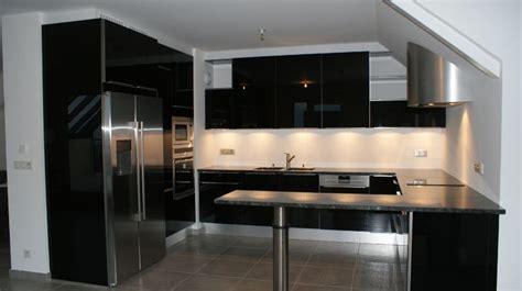 cuisine 駲uip馥 noir et blanc cuisine cuisine noir et argent chaios cuisine noir