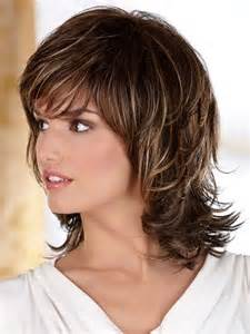 below shoulder simple layered hair style 25 best ideas about medium shag hairstyles on pinterest