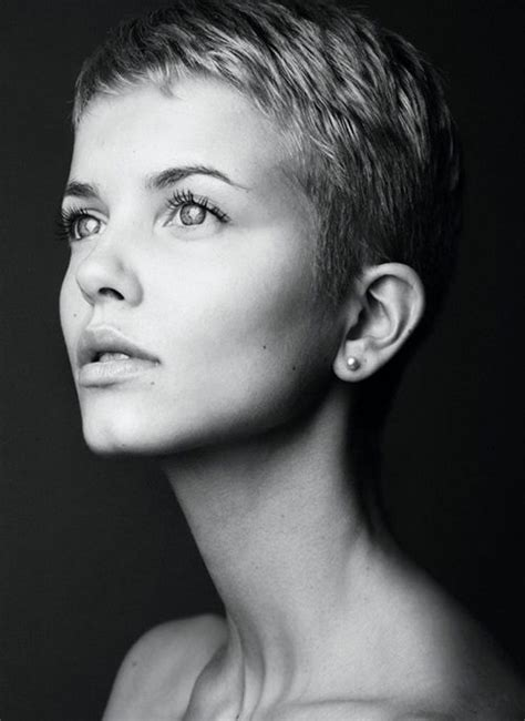 pixie haircut for strong faces 1000 images about hair styles i love on pinterest short