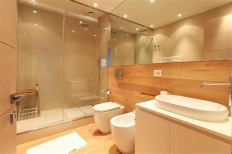 meer badezimmer toskana ferienwohnung am meer 4 personen follonica