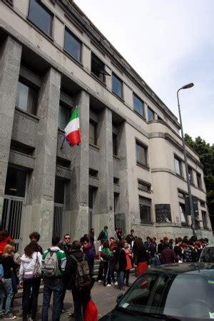 test ingresso liceo linguistico manzoni annunci studenti roma