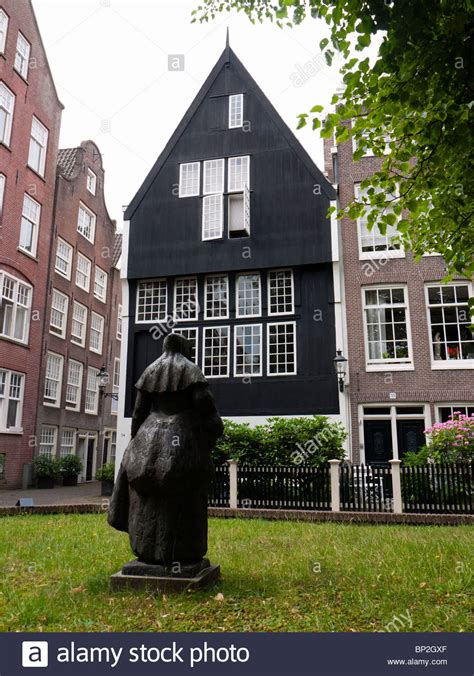 buy house in amsterdam het houten huis the oldest house in amsterdam at the begijnhof in stock photo