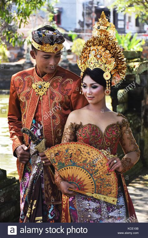 Klungkung Dress balinese wedding and groom to be bali indonesia
