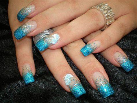 imagenes de uñas de acrilico color turquesa 26 dise 241 os de u 241 as en color azul y purpurina ε dise 241 os