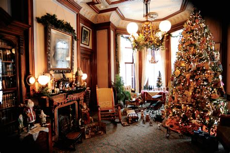 marvelous mansions at christmas at the mansions event