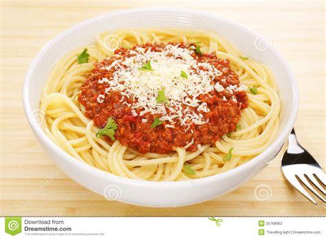 cuisine spaghetti food pasta spaghetti bolognese tabletop stock