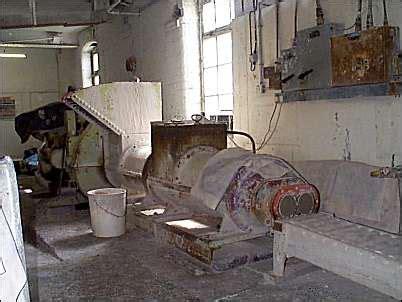 pottery pug mill pug mill operator pottery