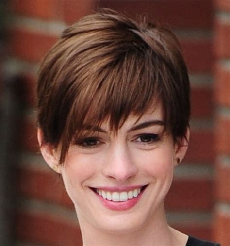pixie hair cuts for triangle faces for women hairstyles that work for different face shapes