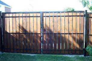 Lawn amp garden modern privacy fence ideas for your