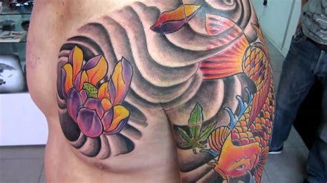 tattoo pez koi y flor de loto koi y flor de loto tattoo eternal ink manizales estudio de