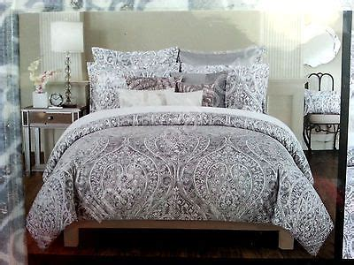 tahari king comforter set new tahari gray silver paisley medallion 3pcs king duvet
