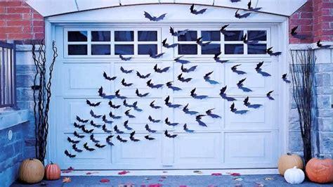 diy garage door decorations