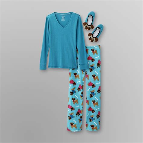 pajamas for pugs joe boxer s pajamas slippers pugs