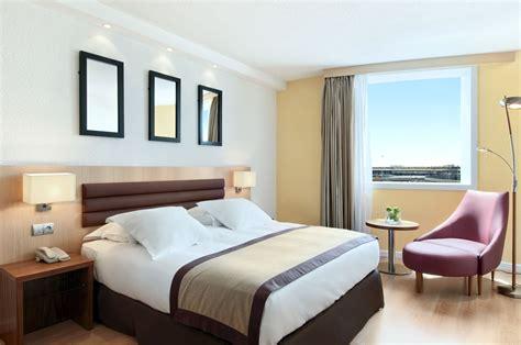 hton room le groupe h 244 telier worldwide nomme nicolaas houwert au poste de hotel manager du