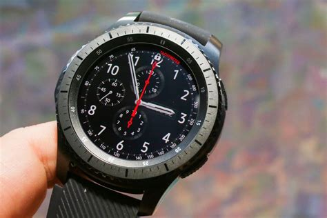 best fitness smartwatch how to buy a smartwatch or fitness tracker cnet