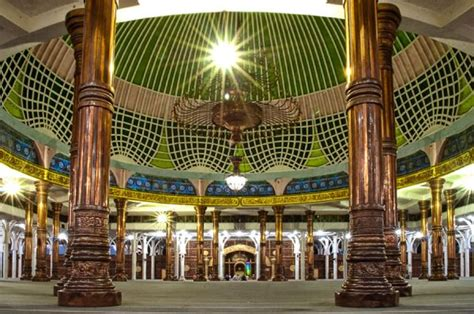 design dalam masjid lebaran overland sumatera nikmati advanture culture