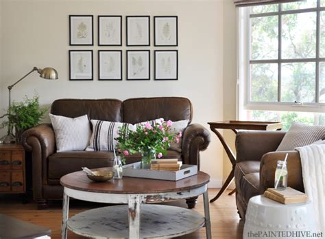 Decorating Ideas To Lighten A Room The Painted Hive Living Room Mini Makeover And Photo Shoot
