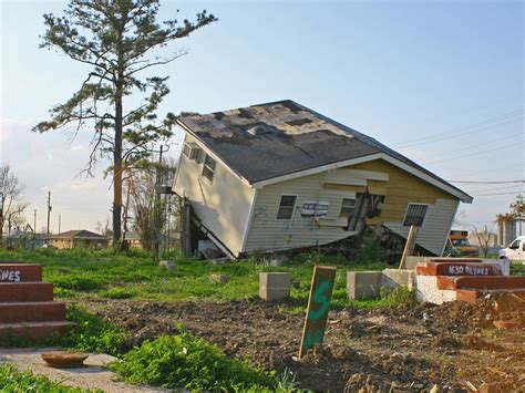hurricane katrina houses disasters tied to alcohol abuse ptsd in young victims