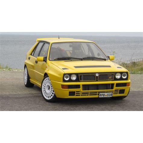 New Premium Diecast Lancia Delta Integrale Hf Miniatur Mobil Klasik lancia delta hf integrale evo 1 jaune looksmart lsla01c