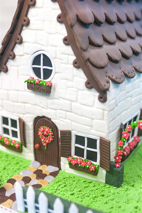 Cottage Cakes by Chocolate Cottage Cake Paul Bradford Sugarcraft School