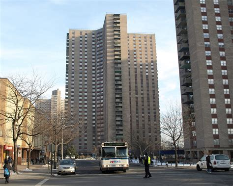 Co Op Apartment Ny Co Op City Housing Development Bronx New York City Flickr