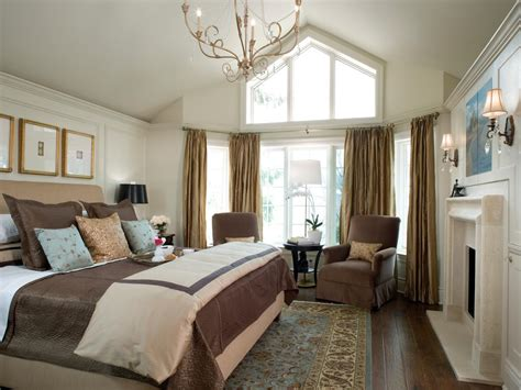 Master Bedroom Design Idea 10 Master Bedrooms By Candice Bedrooms Bedroom Decorating Ideas Hgtv