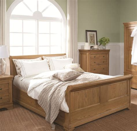 oak furniture bedroom set 25 best ideas about oak bedroom on pinterest oak
