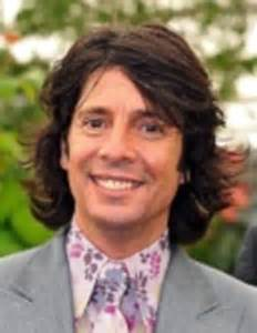 me and my school photo: laurence llewelyn bowen   daily
