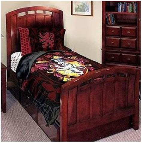 harry potter bed awesomee harry potter bed spread harry potter pinterest