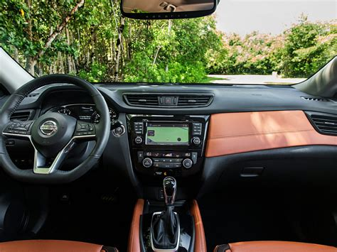 2017 nissan rogue interior new 2017 nissan rogue price photos reviews safety