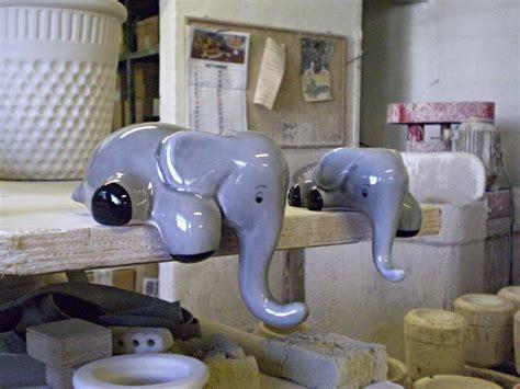 soprammobili per cucina ceramiche decorative per cucina elefanti soprammobili