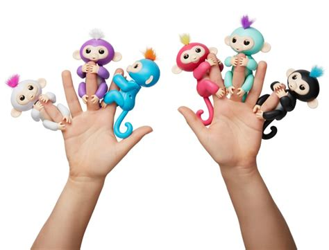 Fingerlings Baby Monkey fingerlings baby monkeys from wowwee livin the