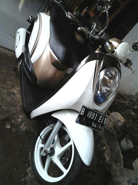 Honda Scoopy Putih Thn 2016 honda scoopy thn 2011 jual motor honda scoopy bekasi