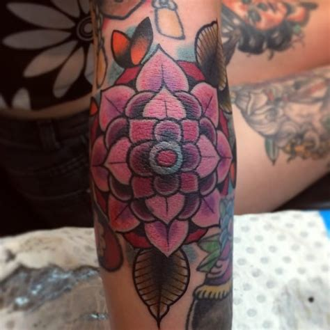 geometric tattoo camera 18 exquisite geometric flower tattoos tattoodo