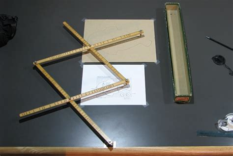 Wood Pattern Enlarger | using the pantograph
