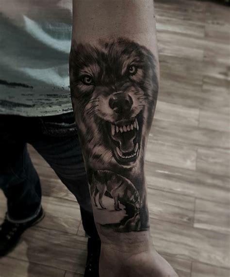 lobo haircut lobo haircut pin tatuaje lobo feroz tatuajes de lobos