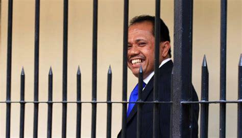 Kitab Advokat Indonesia para advokat usulkan saksi didingi pengacara saat diperiksa nasional tempo co