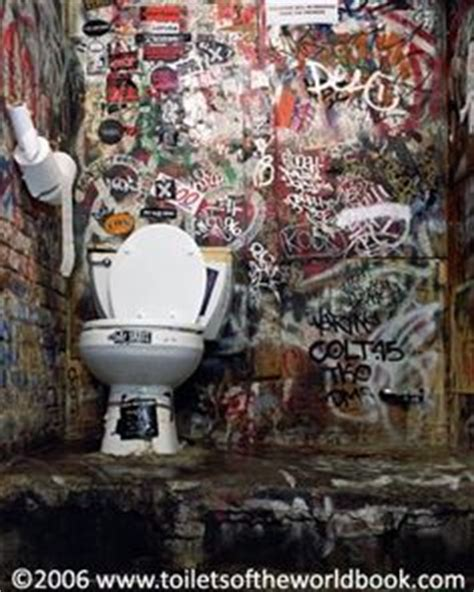 punk rock bathroom decor 1000 images about random graffiti on pinterest graffiti
