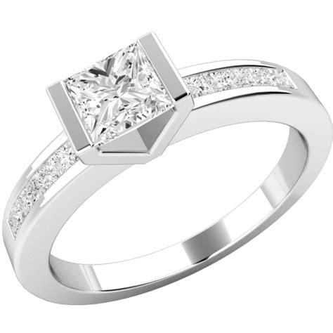 single engagement ring with shoulders for in