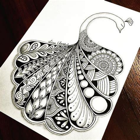 doodle animal drawings best 25 peacock artwork ideas on