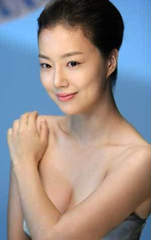 korean actress moon chae won interesting green kim hee sun 김희선 lady with class