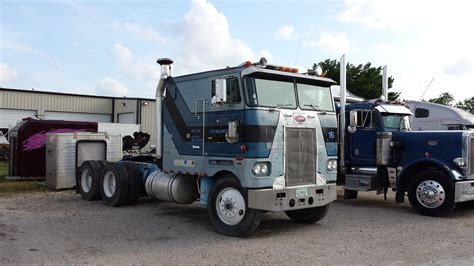 Semi Trucks With Big Sleepers For Sale by 1980 Peterbilt 352h Heavy Duty Trucks Cabover Trucks W