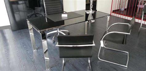 scrivanie in vetro e acciaio mobili per ufficio scrivania vetro e gambe acciaio
