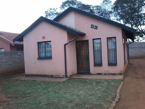 2 Bedroom House To Rent by Archive 2 Bedroom House For Rent In Naturana Naturena